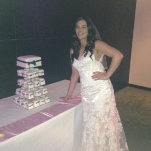 The beautiful bride with her cake